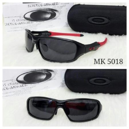 kacamata-oakley-c-six-black-ducati