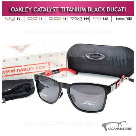 Kacamata Oakley Catalyst Titanium Black Ducati