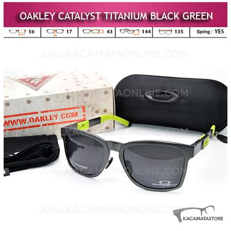 Kacamata Oakley Catalyst Titanium Black Green