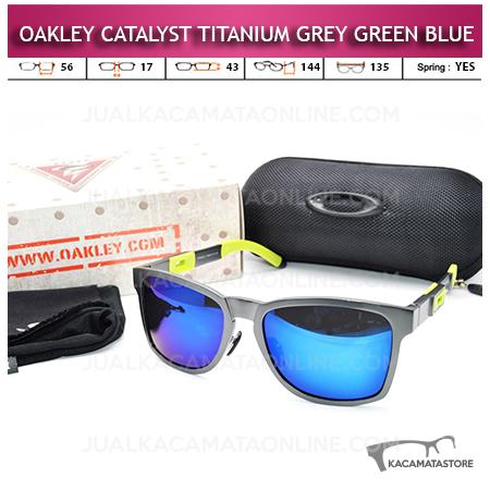 Kacamata Oakley Catalyst Titanium Grey Green Blue